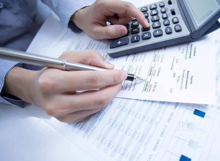 Accountant Consultant for Your Financial